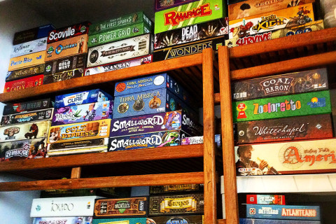 ' ' from the web at 'http://www.analoggames.com/wp-content/uploads/2016/01/board_game_shelf_shelves_world_analog_card_games_04-480x320.jpg'