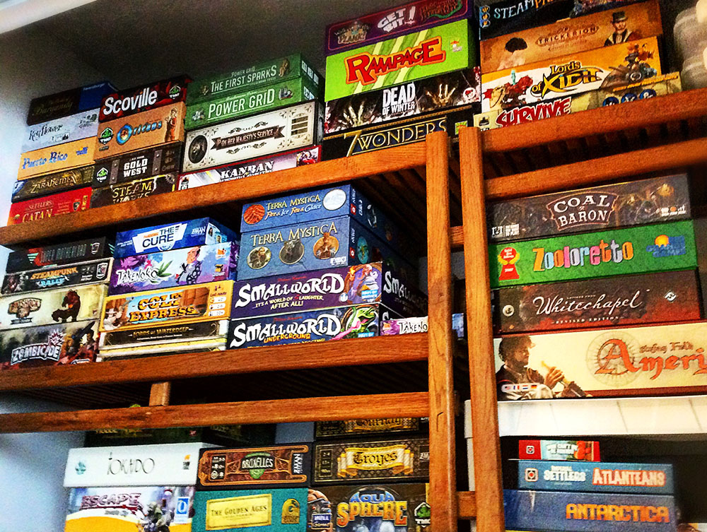 board_game_shelf_shelves_world_analog_card_games_04