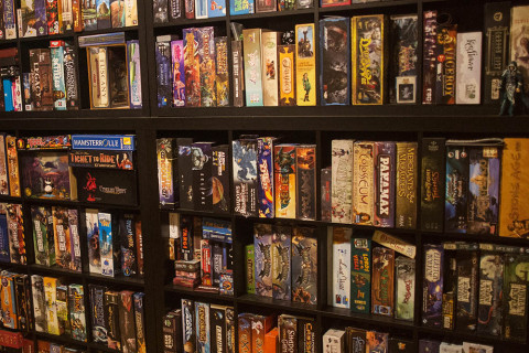 board_game_shelf_shelves_card_analoggames_analog_games_01