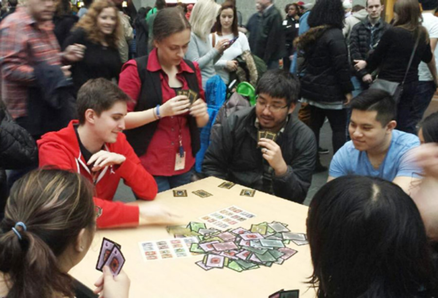 Real-time combat card game – Analog Games