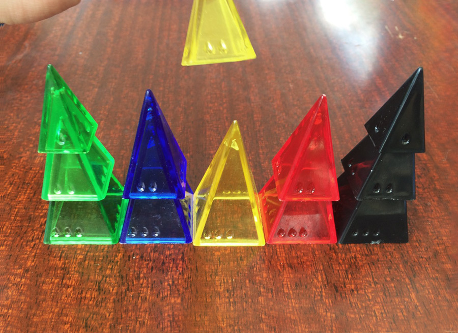 pyramid_arcade_andy_looney_labs_fluxx_board_card_game_analoggames_analog_games_03