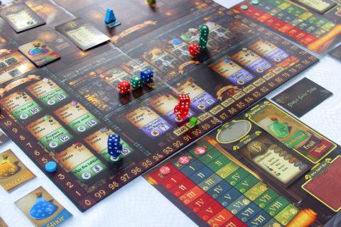 cavern_tavern_fantasy_workerplacement_game_analoggames_analog_games_02