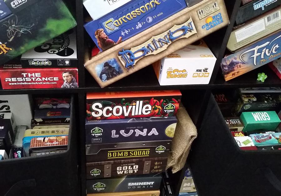 board_game_shelf_shelves_indietabletop_tabletop_board_games_analoggames_analog_games_01