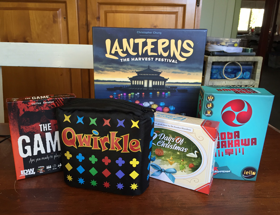 vacation_games_transporting_portable_board_games_analog_games_01