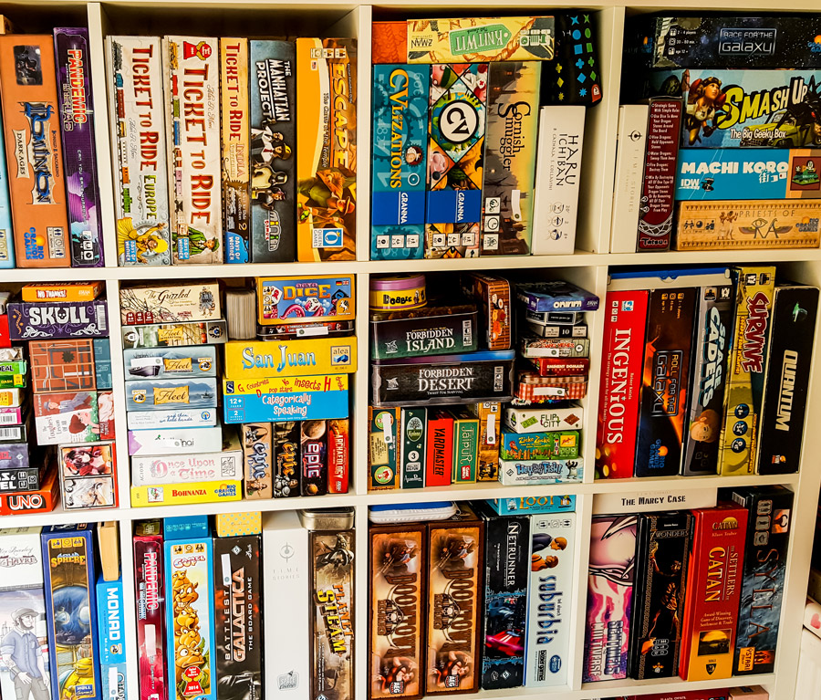 board_game_tabletop_boardgame_gaming_cards_shelf_shelving_analog_games_07