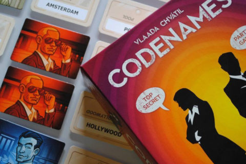 codenames_pictures_vlaada_chvatil_board_card_game_tabletop_party_word_analog_games_03